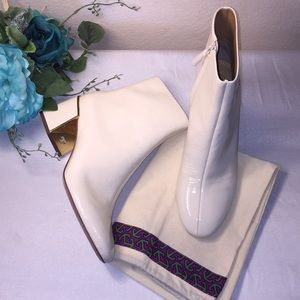 Tory Burch White Leather Booties 8.5M